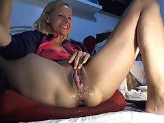 Hot Amateur Blonde Close Around Ma