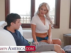 Naughty America: Hot Milf Jordan Maxx wants that young cock first of all PornHD
