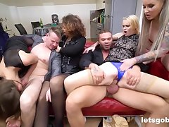 Wild group sex orgy with the Neighbors - Daphne klyde