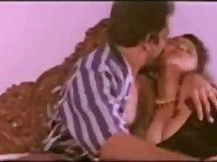 SAREE NAVEL KISS LICK