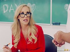 Brandi Carry the fucks down handsome dude Lucas Stand stock-still in the classroom