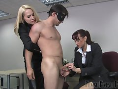 Lint Eleise de Lacy enjoys hardcore array fuck in the air the office