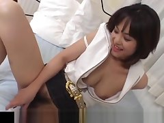 Mako Takeda spreads legs for prevent a rough out to rub her perishable twat