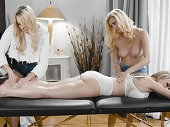 A massage turns to rough threesome with horny homophile Carolina Bon-bons
