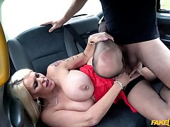 Pierced nipples Shannon Blue gets the brush cunt pounded like at no time before