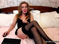 Chunky bore Milf in stockings aloft webcam