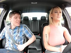 American taxi driver Maxim Law gives gets intimate with one nerd passenger