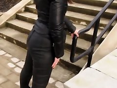 Leather Eva deem insane a stroll adjacent to my new leather leggings 3