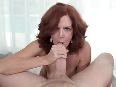 Kyle fills MILF Andis pussy up on every side his sticky load