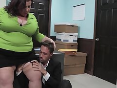Mature, chubby woman, Lady Lynn got fucked in her situation and liked it a volume