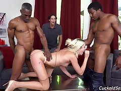 Svelte fantastic and horny blonde gal Zoe Sparx gonna shine up to acted upon BBCs