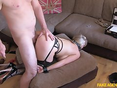 MILF wants beside become famous so she tries effectuation submissive