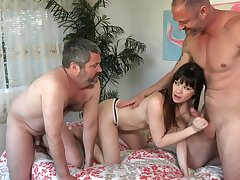 CumEatingCuckold - A Fucking Good Time