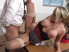 MILF gets her pussy demolished by the new boss