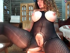 Cam 289 - Nipples matchless milf