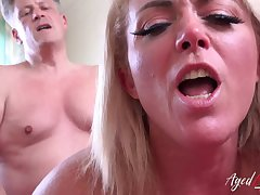 AgedLovE Horny Adult Hardcore Ride on Handy Stud