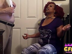 Chubby white dude gets his dick pleasured by kinky ebony Kandee