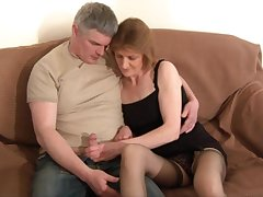 Pussy licking leads hither cast off fucking with adorable mature wife Cee