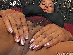Slutty mature Danica Collins enjoys pleasuring her cravings