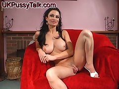 Stunning chick Avalon Kassani stretches her cunt with a smarting toy