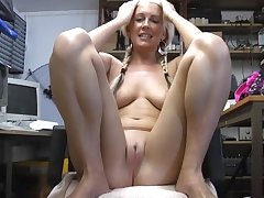 XXX blonde cosset Krystal Niles spreads her fingertips to masturbate